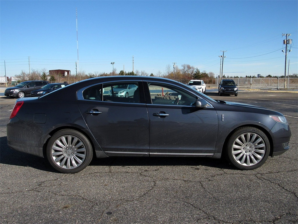 Pre-Owned 2014 Lincoln MKS Base