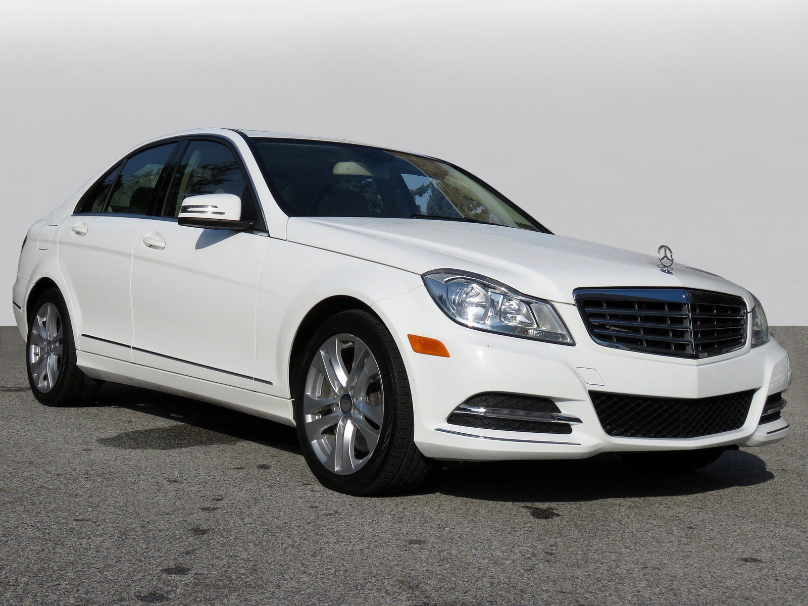 Certified Pre-Owned 2014 Mercedes-Benz C-Class C 300 Luxury